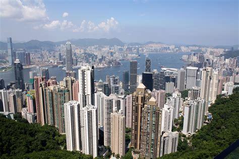 gold hong kong wallpaper hong kong wallpapers pictures images
