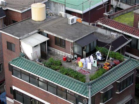 Low Cost Home Building rooftop living in korea