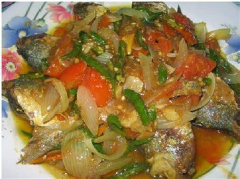 Ikan Kukus Cabe resep memasak ikan tongkol cabai hijau pedas