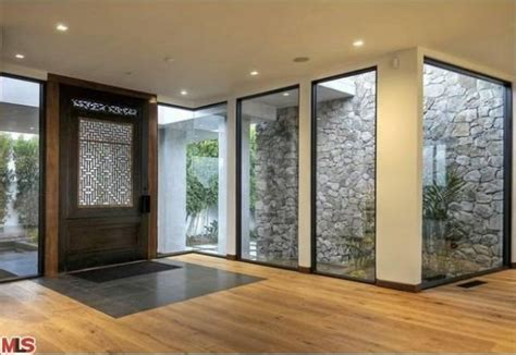 jennifer aniston house interior the beverly hills house that jen rented hits market at reduced price zillow porchlight