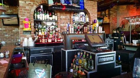 Kitchen Express In Rock 10 Best Restaurants Near Inn Express Hotel