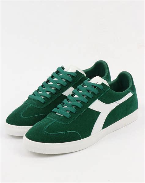 Diadora Clasic Original diadora b original vlz trainers posy green white borg shoes mens