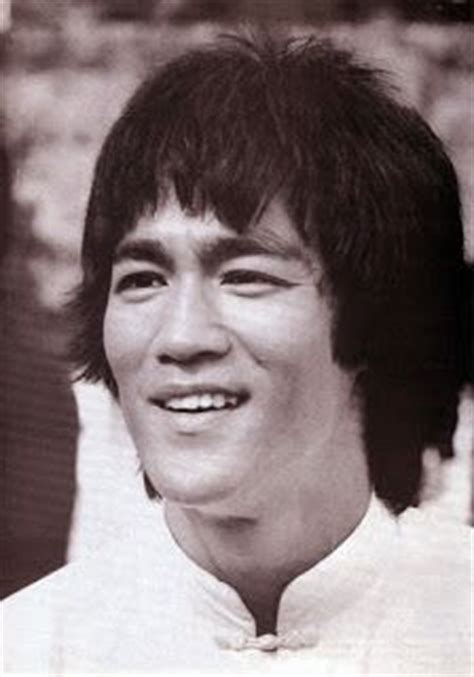 good bruce lee biography 17 best ideas about bruce lee biography on pinterest