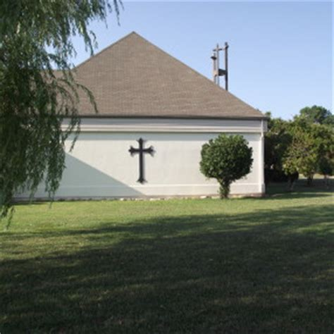 christian churches in manhattan ks