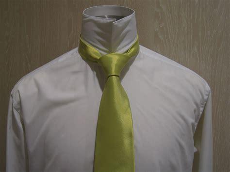 nudo medio windsor el medio nudo windsor o nudo de corbata simple es uno de