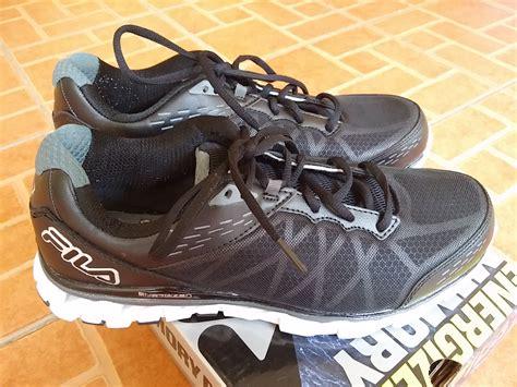 Harga Sepatu Fila Original 100 jual sepatu fila energized memory foam original bekas
