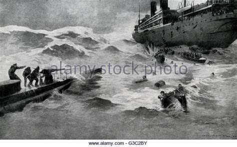 passenger ship sunk by german u boat u boat in wwi stock photos u boat in wwi stock images