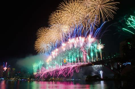 new year date australia new years day stayz travel ideas