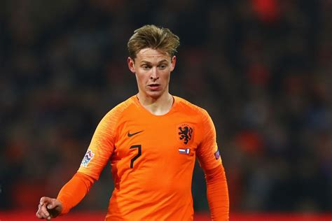 frenkie de jong agrees terms with psg barcelona not out