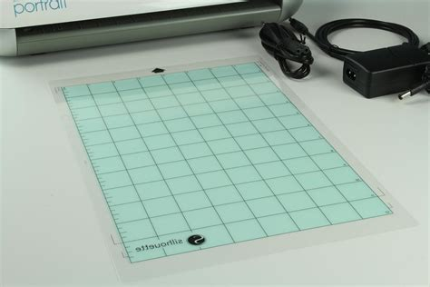 Silhouette Portrait Cutting Mat by Happyfabric Silhouette Cutter Cutting With Or Without