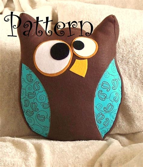 Owl Pillow For by Owl Pillow Hooter The Owl Plush Pdf Tutorial And Printable