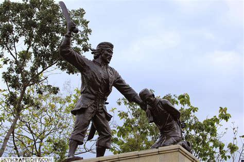 monumen kresek madiun info wisata