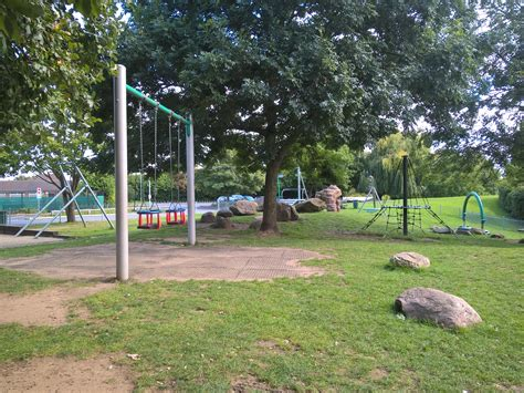 parks with swings near me find free local playgrounds parks and play areas across
