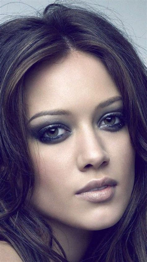 brunette celeb hairstyles 35 best hilary duff images on pinterest freak out baby