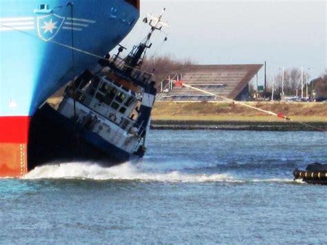 sleepboot amicitia dutch treat 1 tugster a waterblog