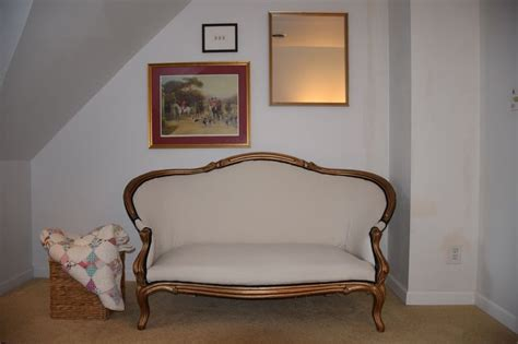 how to reupholster a victorian couch 17 best ideas about vintage settee on pinterest french