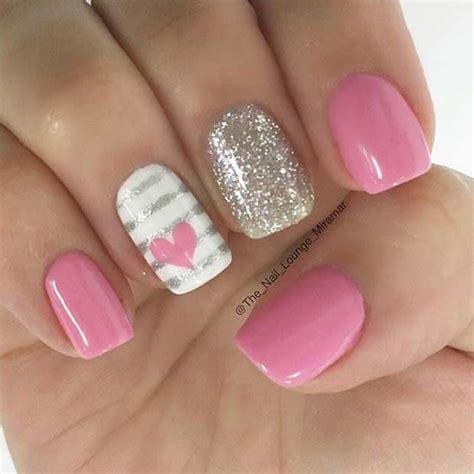 gel nail colors for 37 yr old woman 55 super easy nail designs nail stripes accent nails