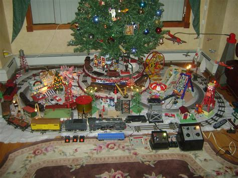 russo christmas tree layout classic toy trains magazine