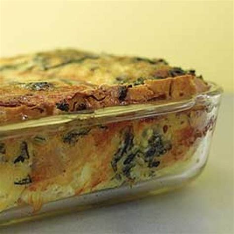 strata recipes breakfast strata with spinach and gruy 232 re cooks