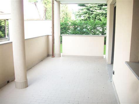 bilocale terrazzo bilocale con terrazzo immobiliare valenti