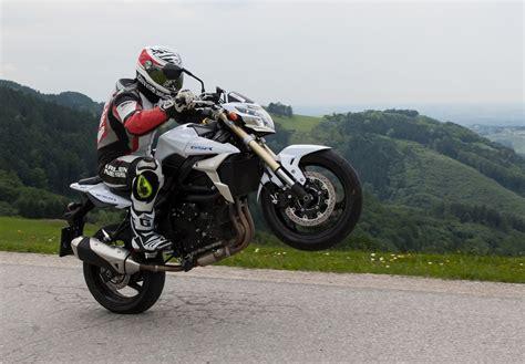 Suzuki Motorrad Lwechsel by Suzuki Gsr 750 Nakedbike Test