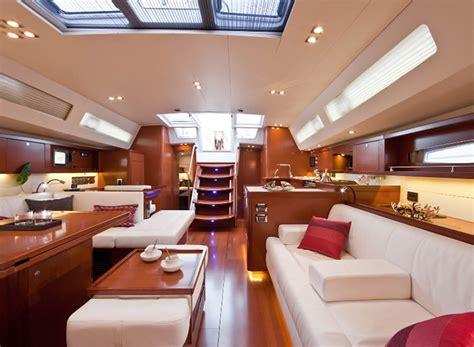interni barche a vela noleggio barche a vela di lusso oceanis 58 vacanza