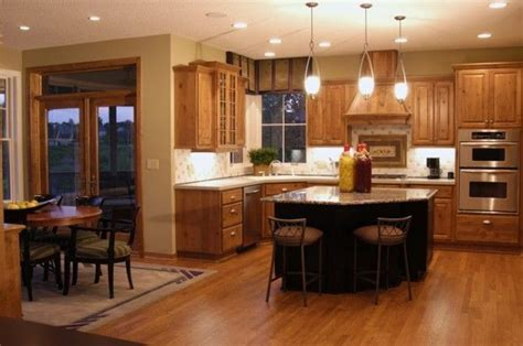 Eat In Kitchen Furniture Eat In Kitchen Design Ideas Luxury Eat In Kitchen With White Cabinets And Granite Counters