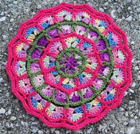 Bulu Pad Motif 3 Pam 3 1000 images about crocheted mandalas on