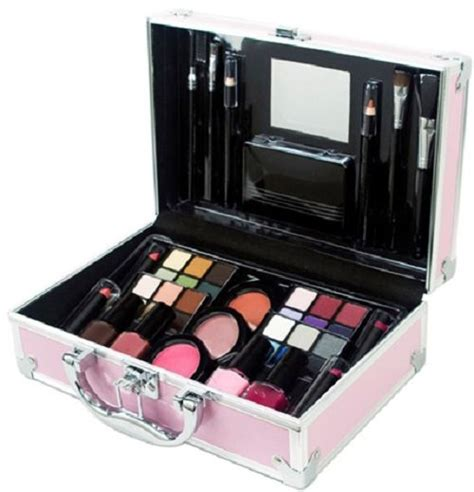 8 Great Travel Makeup Kits by Makeup Kit Box In Saudi Arabia Mugeek Vidalondon