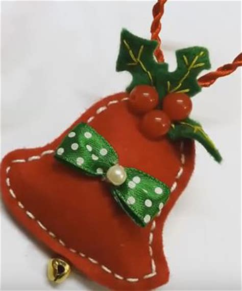 how to make beautiful felt christmas bell ornaments