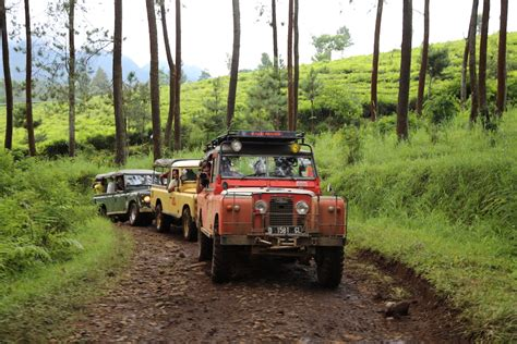 land rover bandung an indonesian off roading adventure in bandung