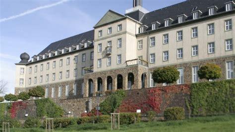 kardinal schulte haus hotel kardinal schulte haus bergisch gladbach dokonaj