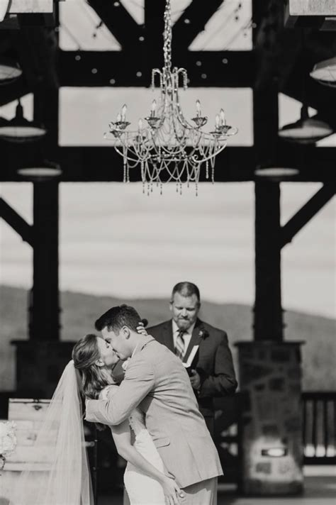 courtney bowlden photography swiftwater cellars cle