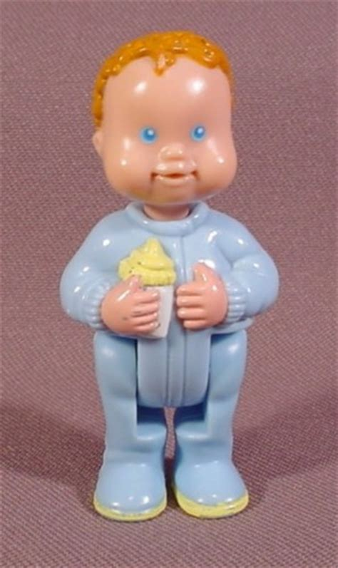 fisher price dream doll house fisher price dream dollhouse 1994 baby boy figure bottle blue sleeper legs jointed