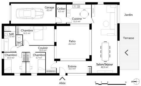 plan de maison avec patio central plan de maison 4 chambres avec patio