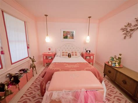 pink colour princess style girly children bedroom girly retro inspired pink bedroom hgtv