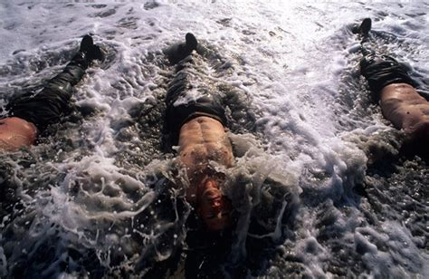six days of impossible navy seal hell week a doctor looks back books think like a navy seal navy seals