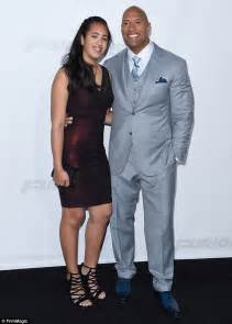 Dwayne johnson and lauren hashian announce they re expecting a girl on