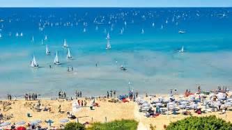 comune di gallipoli ufficio tributi turismo lo scandalo salento vacanza abusive per
