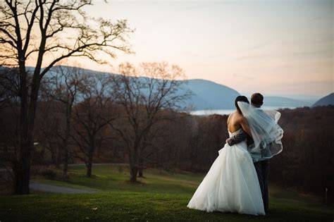Top 20 Wedding Photographers in New York