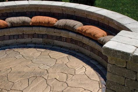 Unilock Trevia by Flagstone And Steppers Rockford Il Benson Co