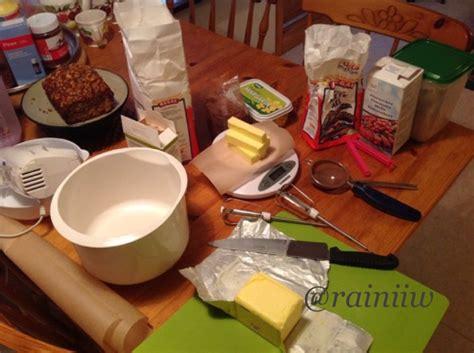 Kue Kering Cokelat Semprit Cokelat semprit cokelat nastar montok rumahnya aini