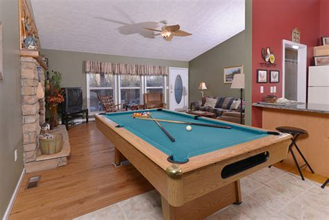 branch brook pool tables river tennessee cottage rental with tub pool