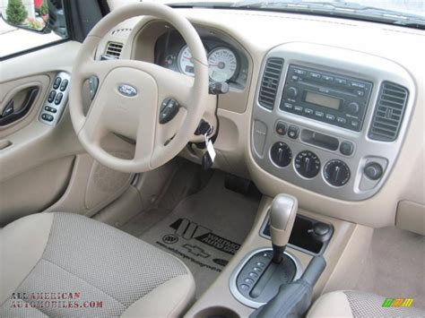 old car owners manuals 2005 ford escape interior lighting 2005 ford escape xlt v6 4wd in gold ash metallic photo 6 a89391 all american automobiles