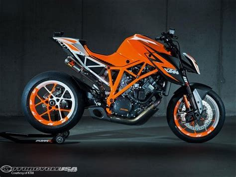 Ktm Superduke 1290 Price Usa Lpo 2013 Ktm 1290 Duke R Specs Price Photos