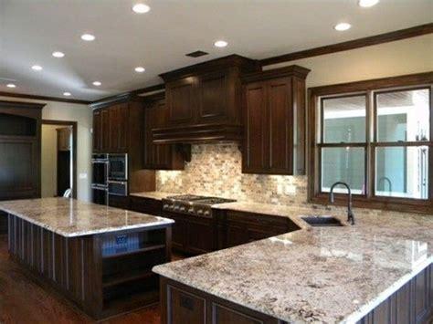backsplash    arctic white granite google search kitchen dark kitchen cabinets
