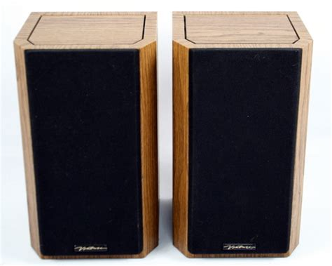 vintage bic venturi v52 america bookshelf speakers wood
