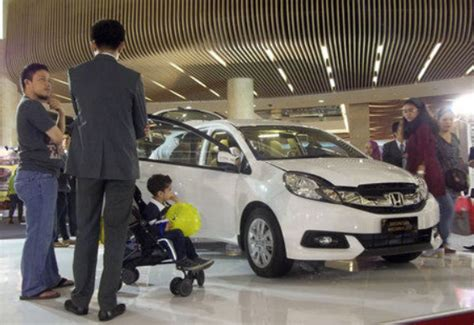 Jual Figure Bekas by Avanza Lama Vs Veloz Info Jual Beli Mobil Bekas