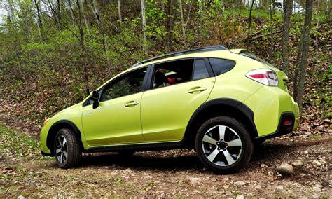 subaru crosstrek off road off road test review 2014 subaru crosstrek hybrid is