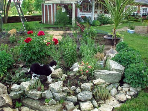 Large Rock Landscaping Ideas Landscaping Designs With Big Rocks For Small Space